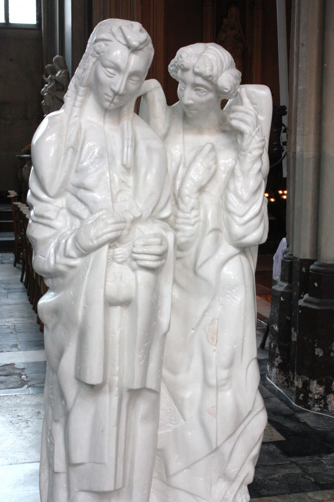 Statue of Mary and an angel in the Church of Our Lady in Brughes